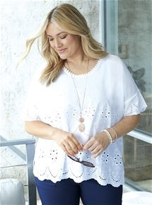 Embroidered Top [PLUS SIZE]