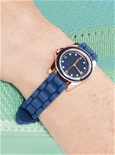 Free Gift - Stylish Watch with Silicone Strap_XXGS82_1