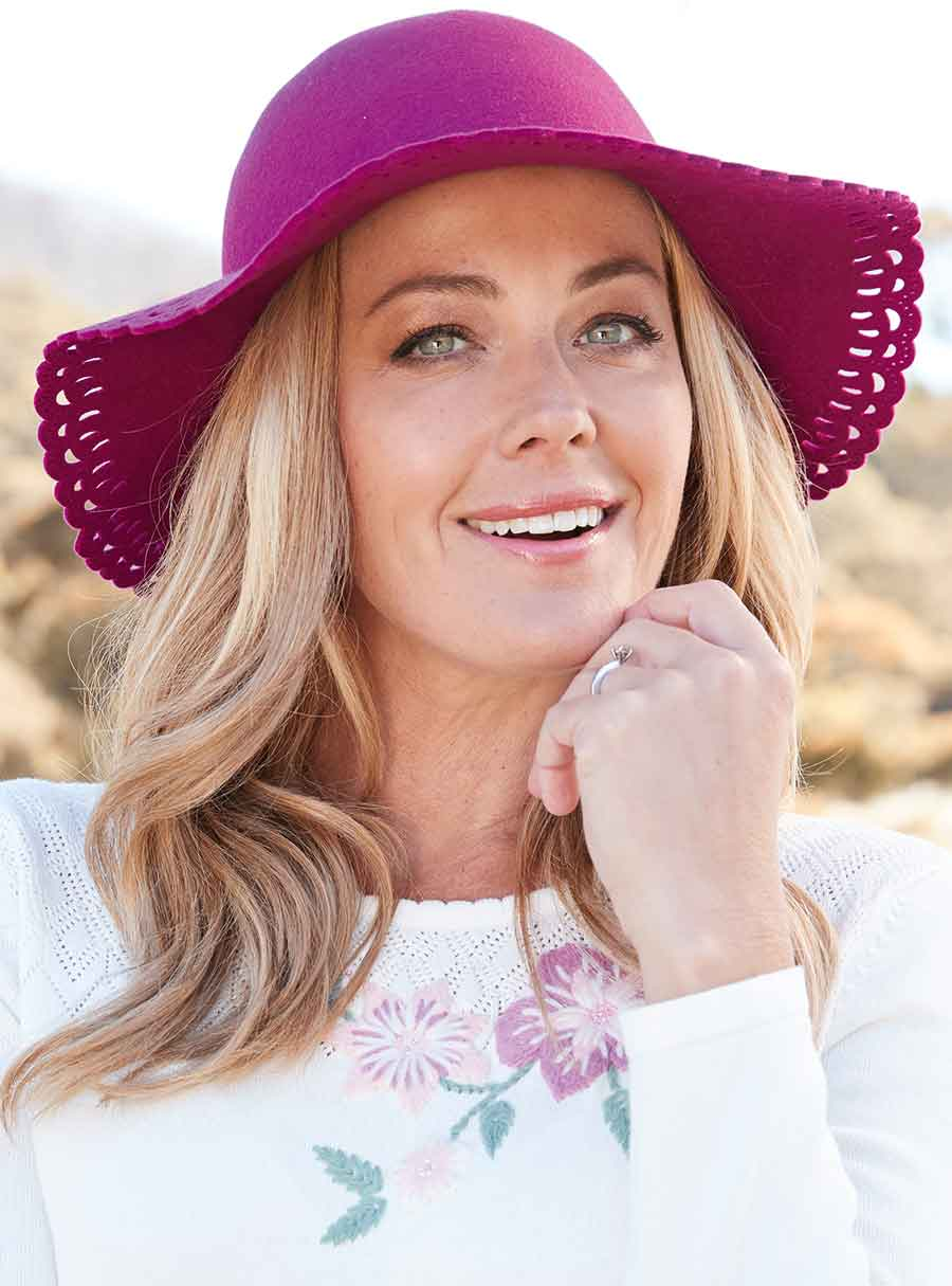 Cut Out Wide Brim Hat Wine Fits All