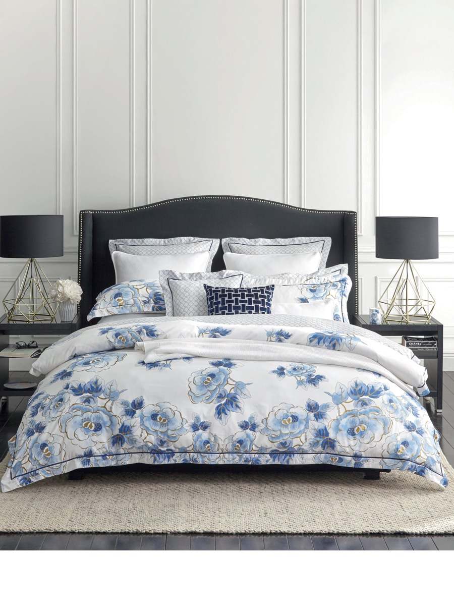 Wedgwood Floral Navy Quilt Cover Set  King